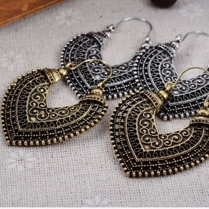🌺Reserve Briana🌺 New! Drop Filigree Earrings